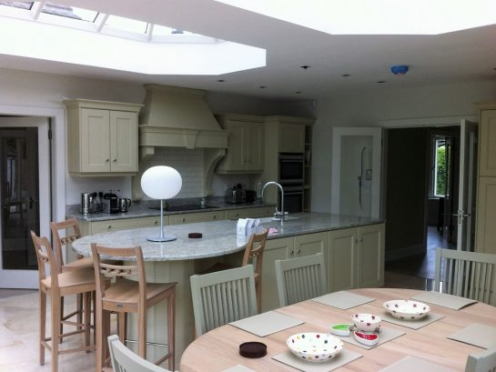 Hand-painted kitchen cabinets & decorating